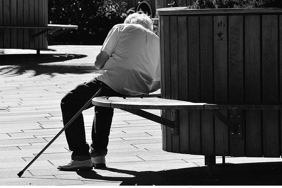 ファスティング、断食の眠気によるリスク