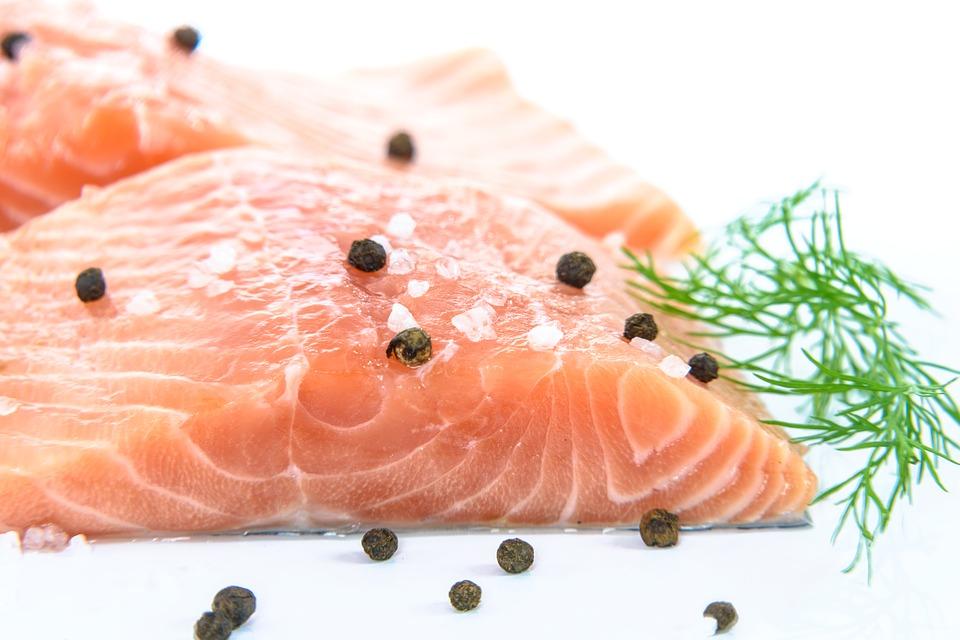 健康的に痩せる 食品 魚